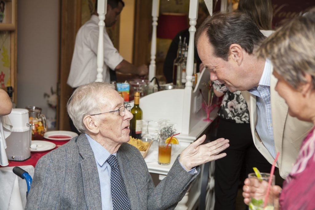 MP Joins Kew House Residents for Cocktail Party