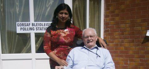 Enabling the elderly to vote