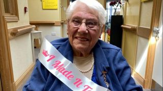 Chamberlain Court Care Home resident celebrates 100th birthday