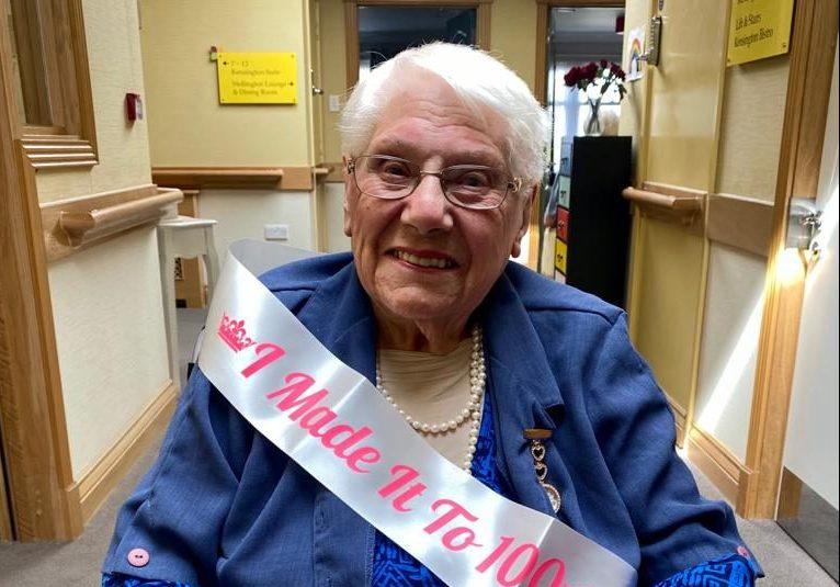 Chamberlain Court Care Home resident celebrates 100th birthday